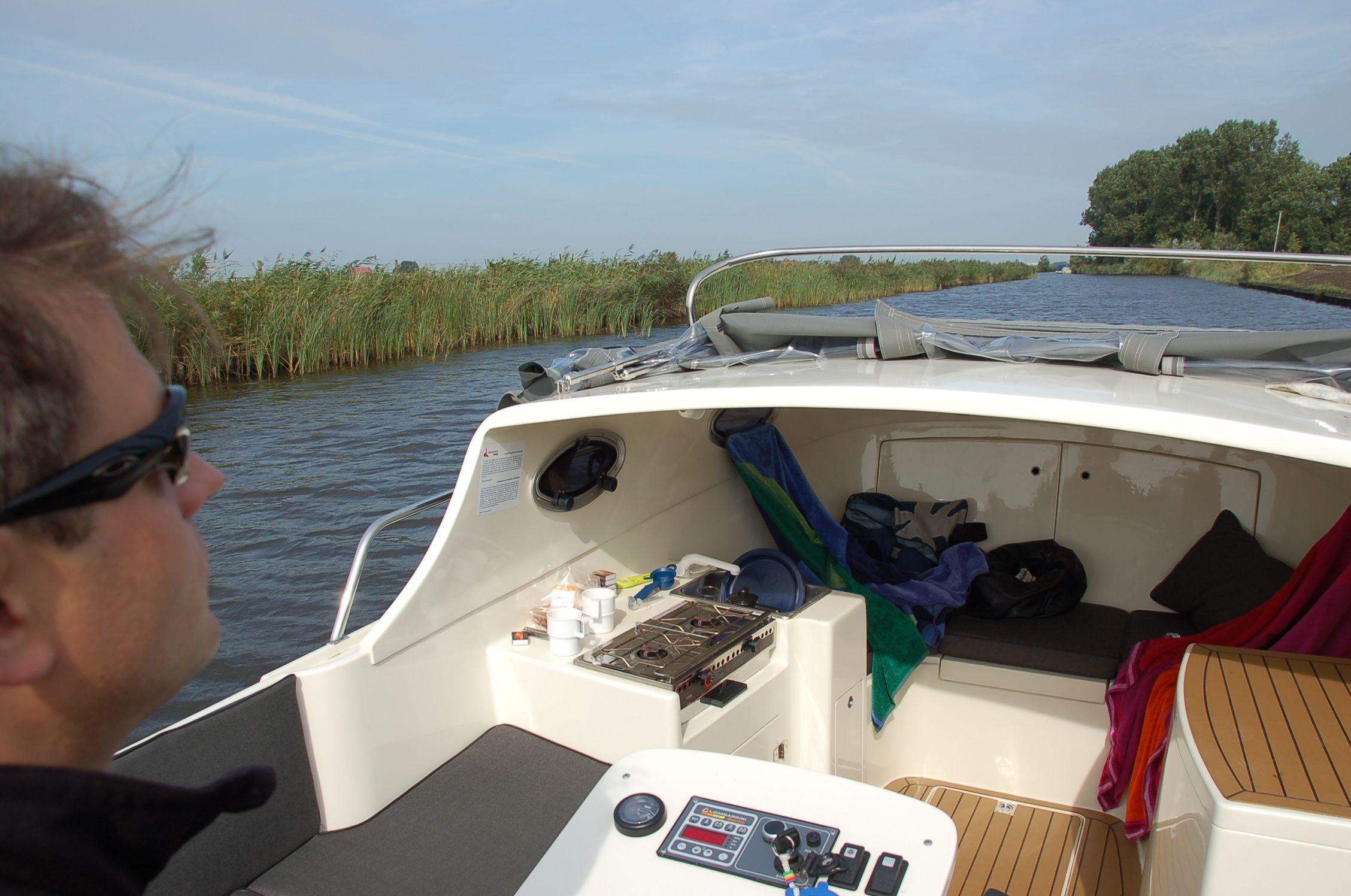 Elfstedentocht per Boot01