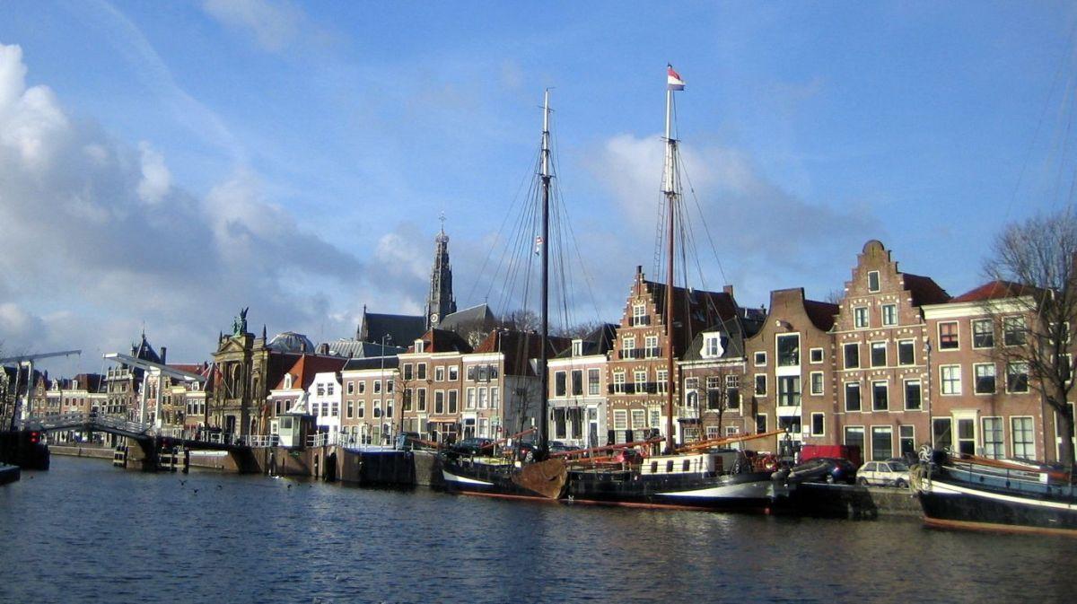 Grachten und Giebel in Haarlem