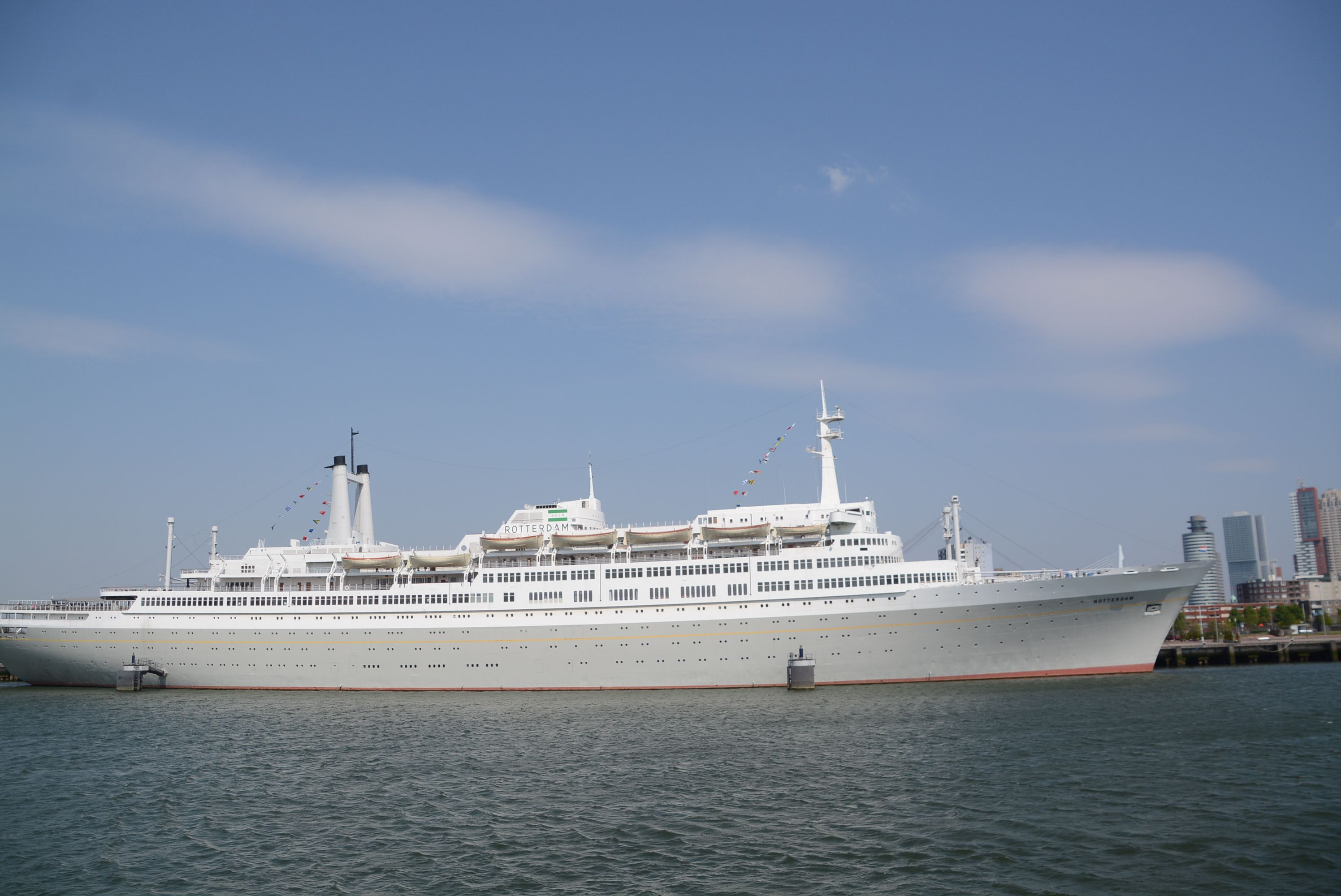 SS Rotterdam x3