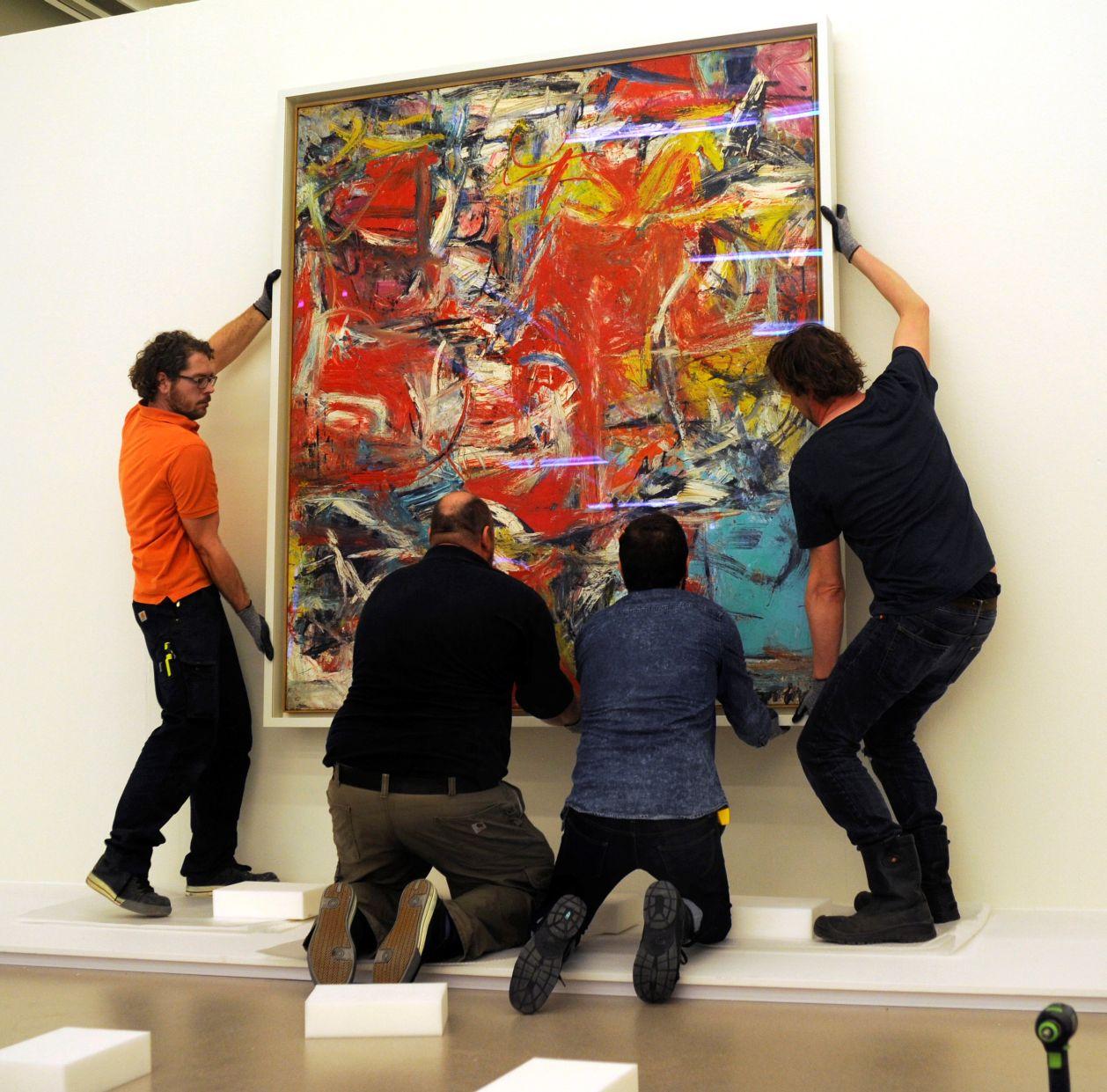 Guggenheim_im_CoBrA_Willem_de_Kooning_Composition_1955__c__2014_Cobra_Museum_of_Modern_Art_Amstelveen_s