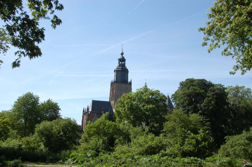 Die Konturen des alten Stadtwalds bestimmen bis heute das Bild - in diesem Fall durch Grünanlagen