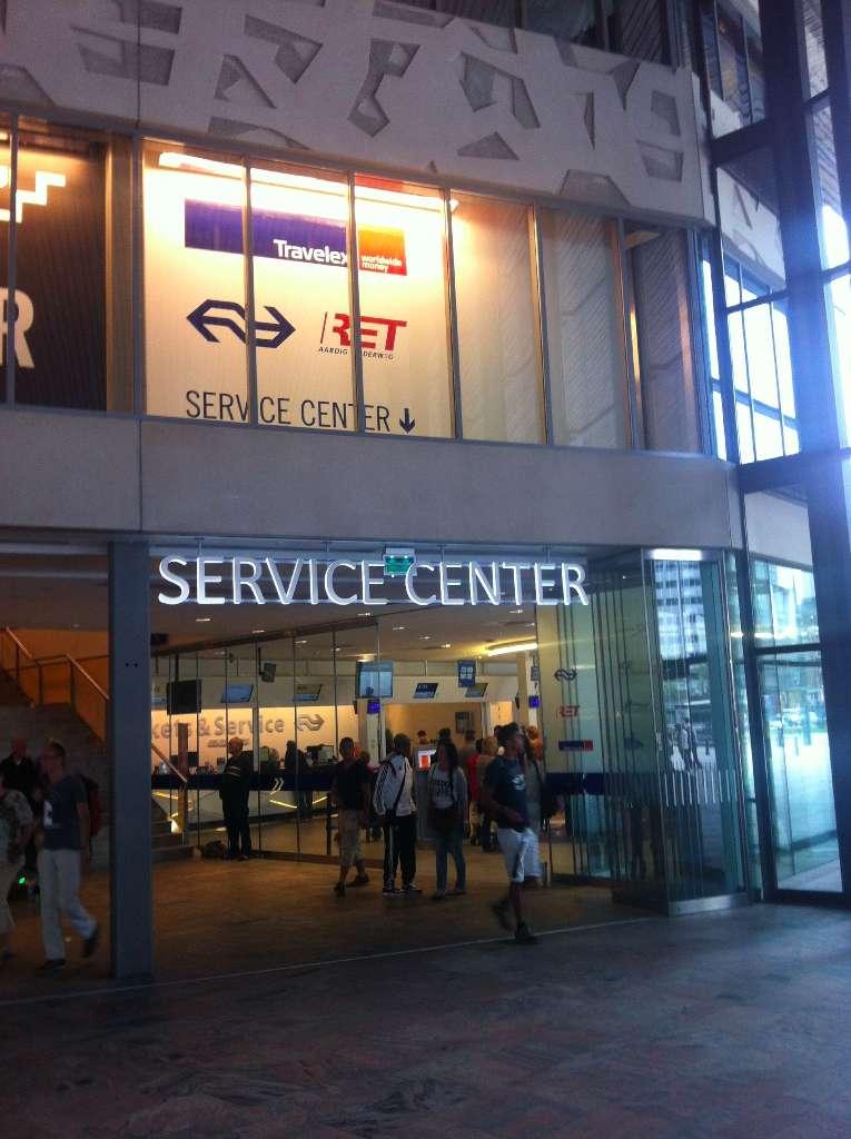 Das Servicecenter im neuen Bahnhof von Rotterdam