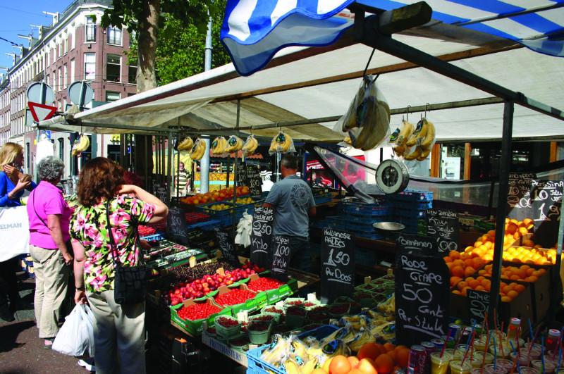 Der Albert-Cuyp-Markt in Amsterdam hat an Karfreitag geöffnet.