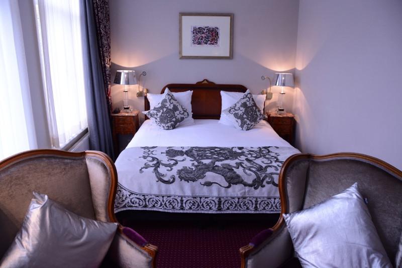 ambassade hotel amsterdam grachten und giebel holland blog 22 grachten und giebel. Black Bedroom Furniture Sets. Home Design Ideas