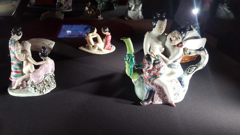 """Zerbrechliche Erotik: """"Sexy Ceramics"""" war eine Ausstellung betitelt. Bild: Frida van Dongen"""
