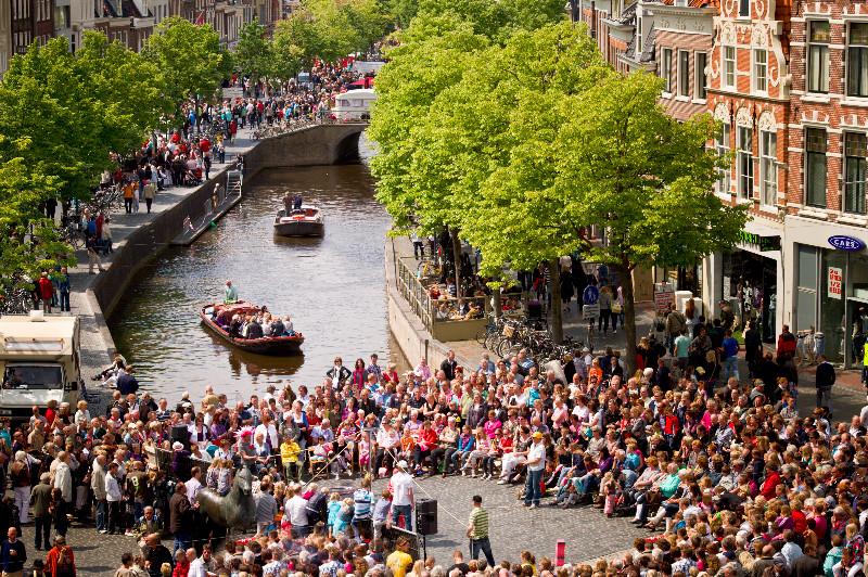 Die schmucke Innenstadt von Leeuwarden, Bild: Theo de Witte
