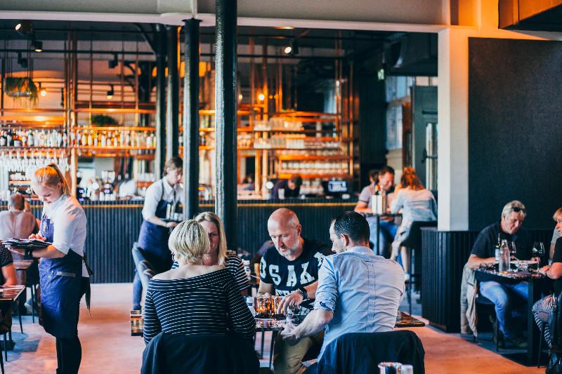 Meistens gut besucht: das Restaurant Proefverlof . Foto: Jantina_Talsma